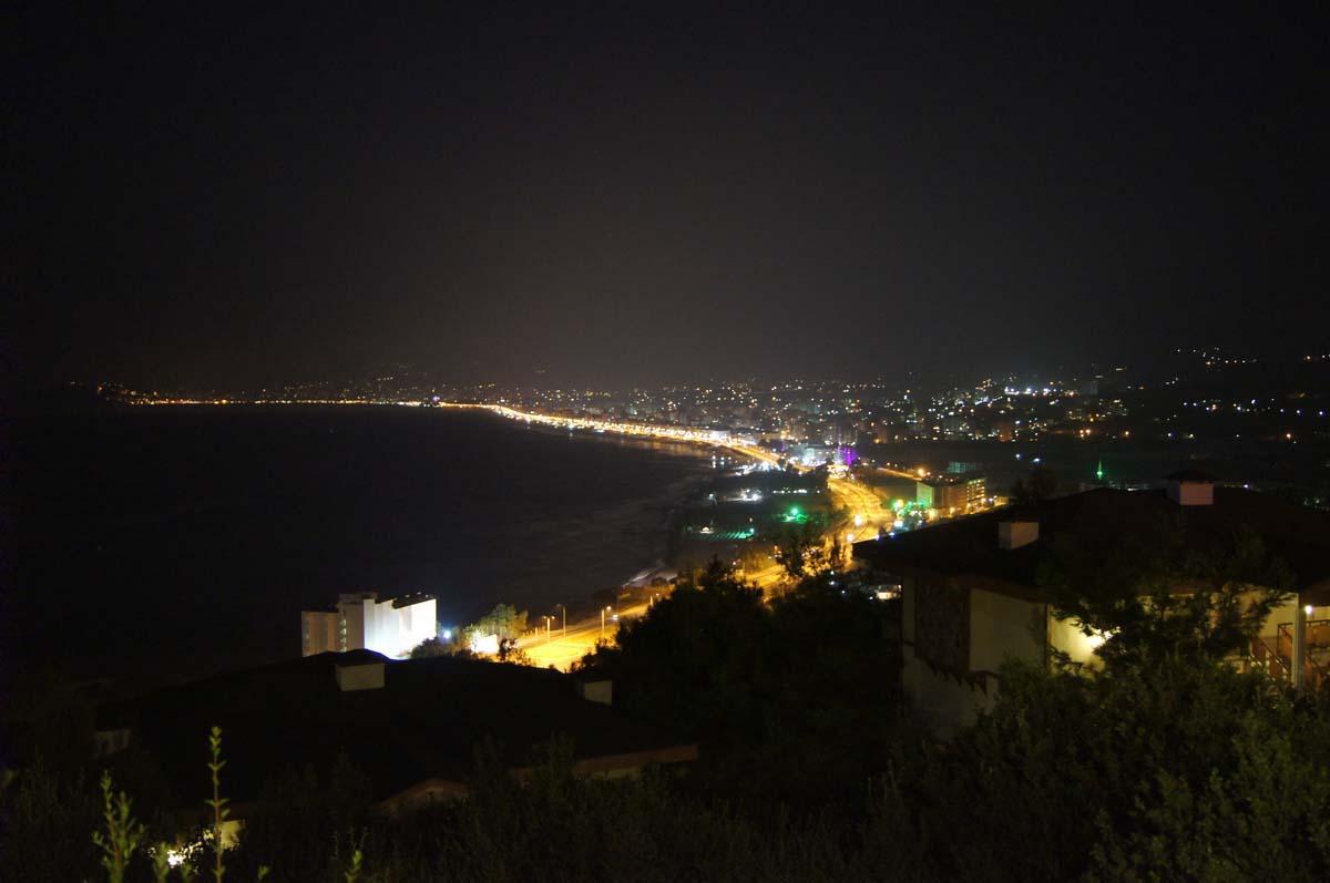 Ночной путь. Отель Utopia World Турция.