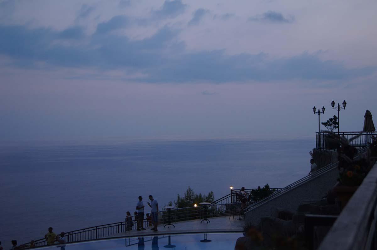 Утро. Бассейн. Отель Utopia World Турция.