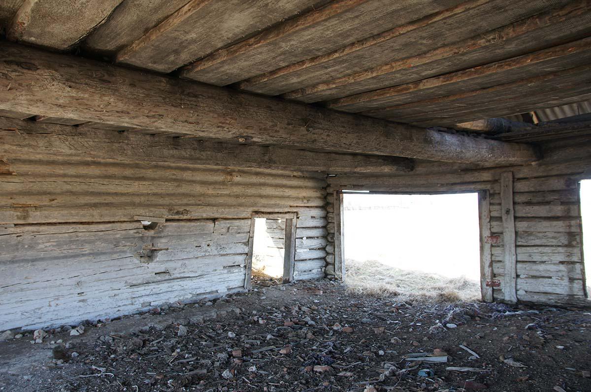 Внутри хранилища. Колхозные постройки. Заброшка СССР.