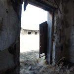 ...дверь скрипучая