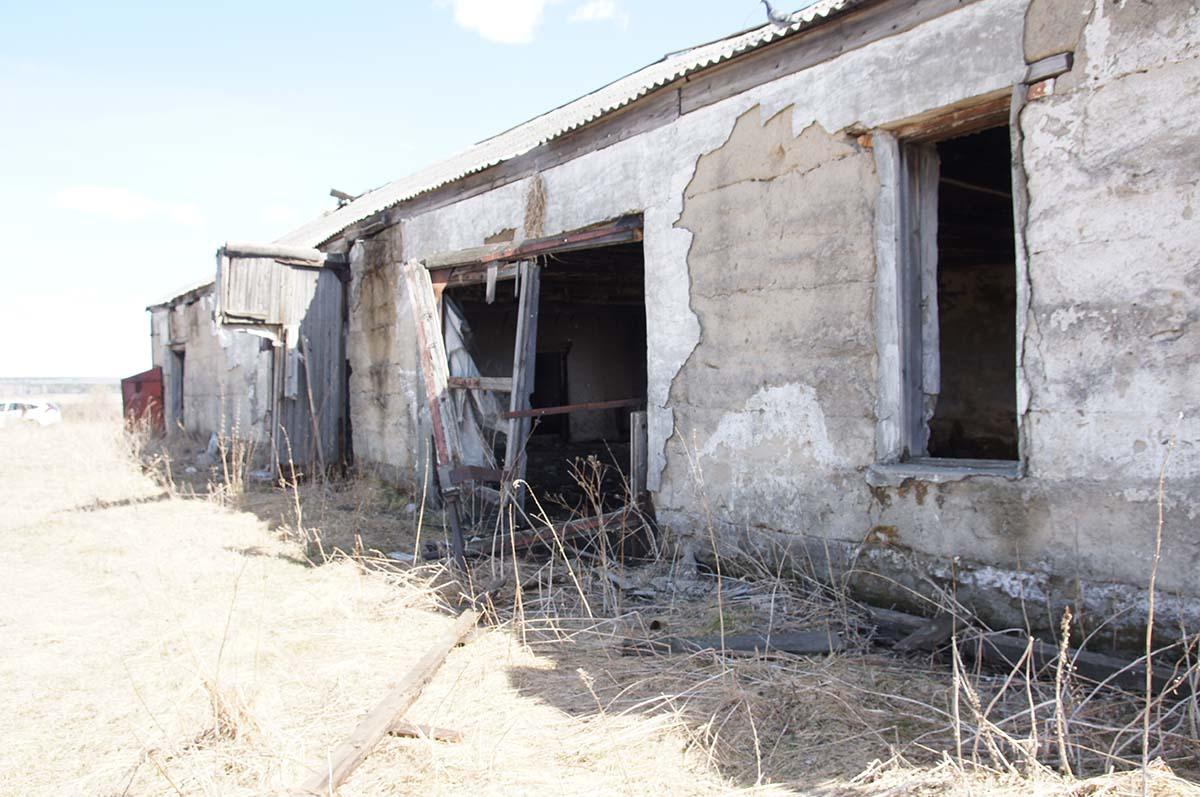 Вдоль. Колхозные постройки. Заброшка СССР.