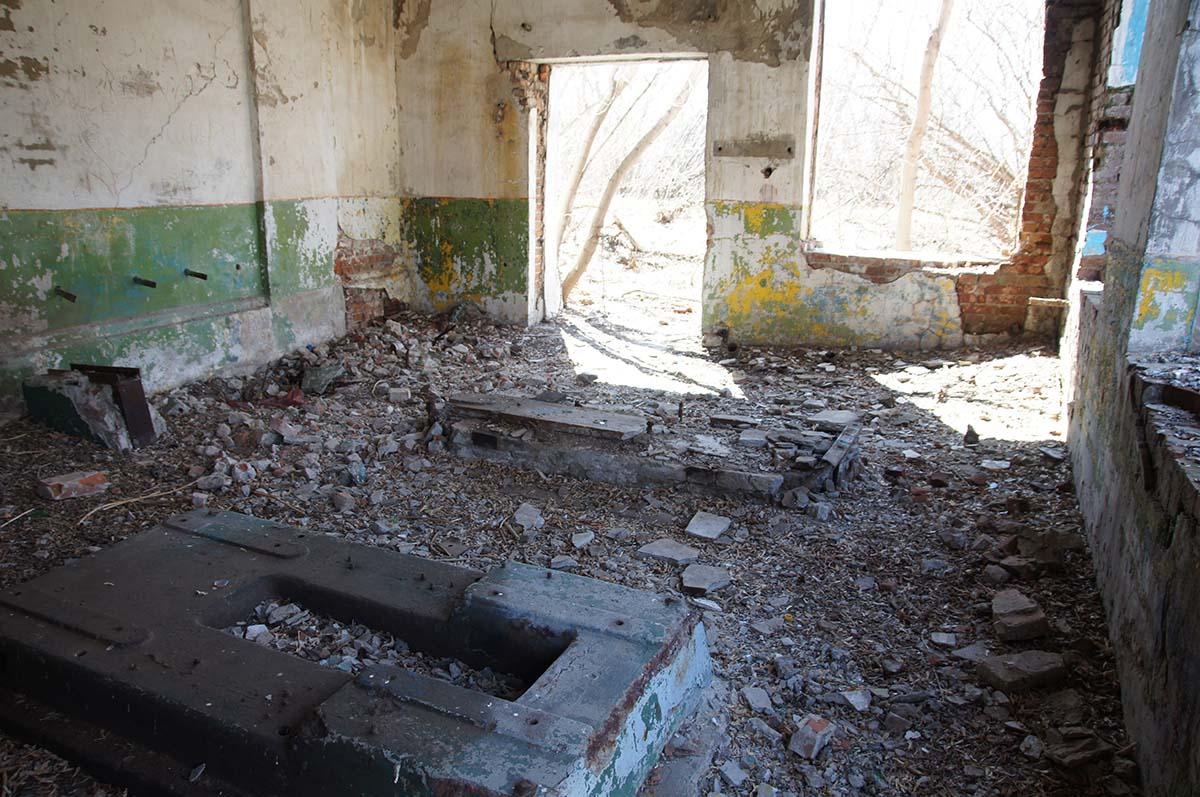 Фундаменты, заброшка, Тюменская область