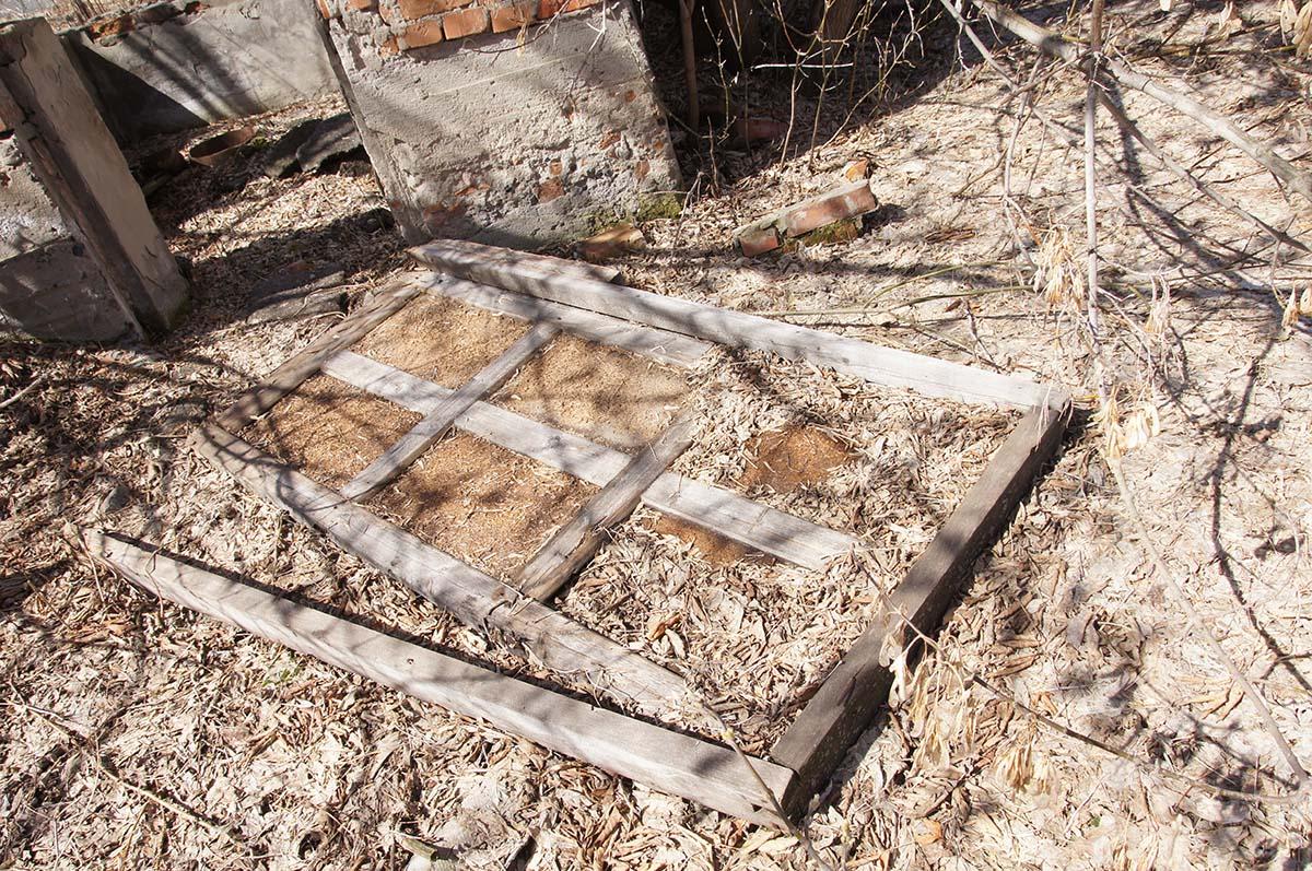 Дверь, заброшка, Тюменская область