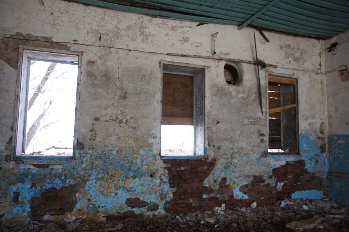 Окна, заброшка, Тюменская область
