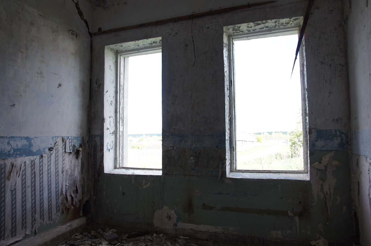 Вид из комнаты. Заброшка. Завод. Часть первая.