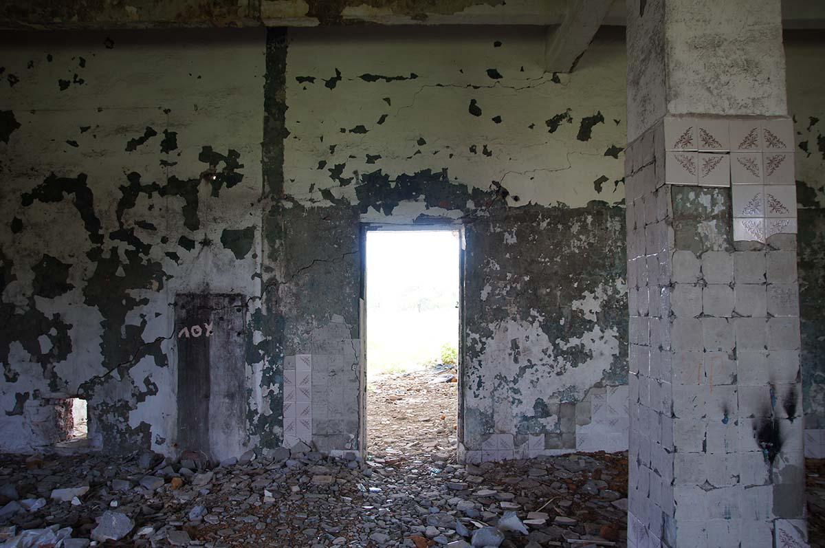 Дверь. Заброшка. Завод. Часть первая.