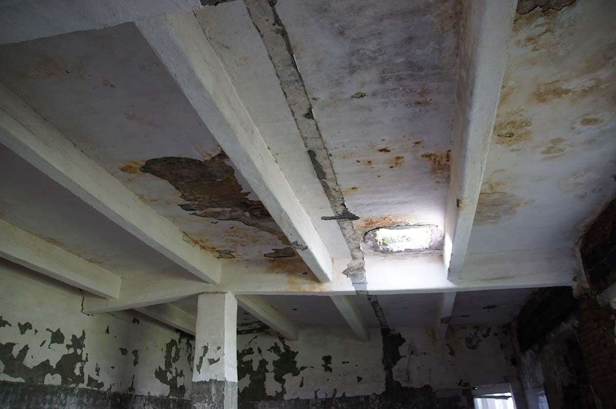 Потолок. Заброшка. Завод. Часть первая.