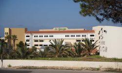 St. George вид снаружи. Отель St. George. Paphos.