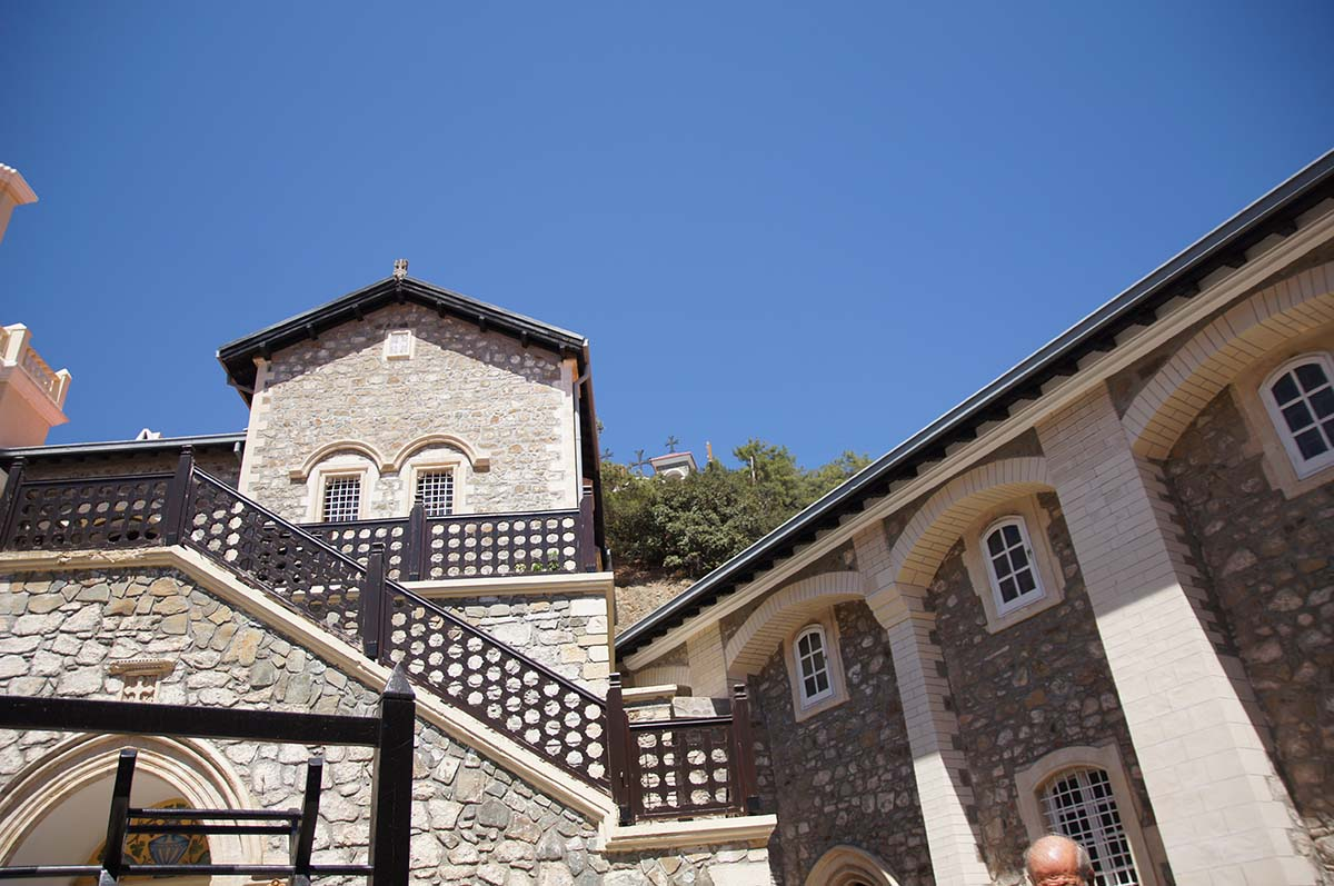 Вход наверх, Кипр, Киккос, Cyprus, Panagia tou Kykkou