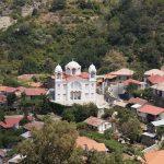 Белый храм, по дороге в Киккос