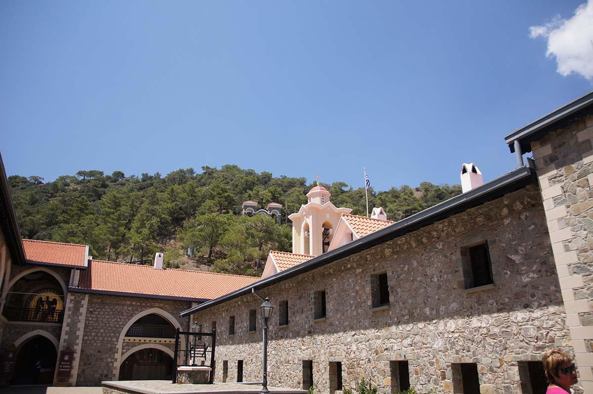 Монастырь Киккос сбоку, Кипр, Киккос, Cyprus, Panagia tou Kykkou